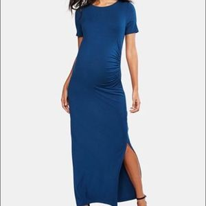 A Pea in the Pod Navy blue maxi dress